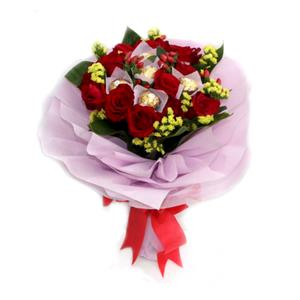 Exclusive Chocolate and Roses bouquet
