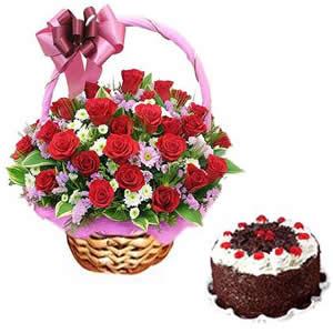 40 Red Roses + Taj Cake