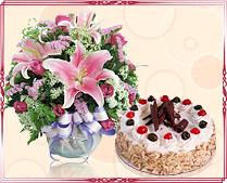 Taj Cake & Flowers