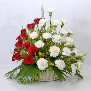 Eye-Catching Flower Arrangement