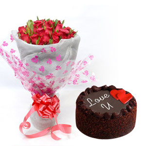 Round Roses Bunch with Cake