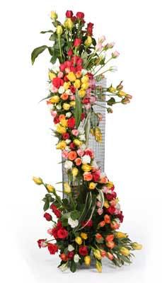 150 Mixed Roses Tall Basket