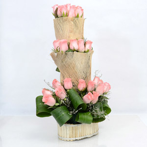 Amazing Pink Rose Arrangement