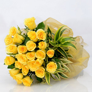 Gorgeous Yellow Roses Bunch
