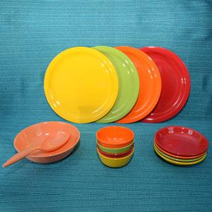 Servewell Rainbow Dinner Set 14 Pieces