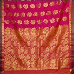 Dark Pink color kanjeevaram silk Saree
