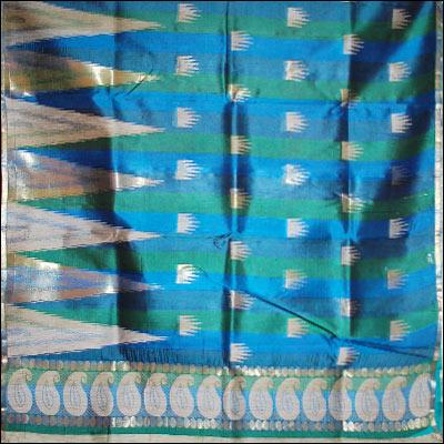 The Anandablue color pure Silk saree