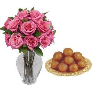 Rose Vase Ladicini